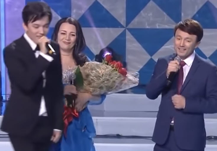 dimash-family-singing